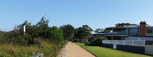 beachwalk6circle